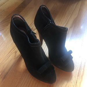 7 for all mankind suede shoes size 6